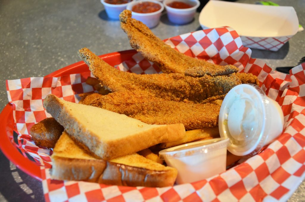 To show the dish catfish, which we loved the most at this restaurant. Eat in Granbury.