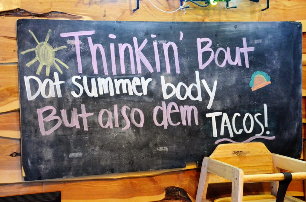 To show one of the funny text's inside: Thinkon'Bout that Summer body but also dem Taco's