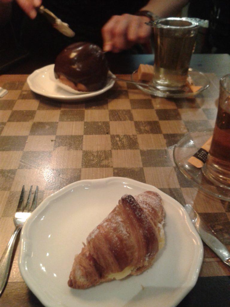 To show the famous Bossche bol from Jan de Groot. Eat in Den Bosch