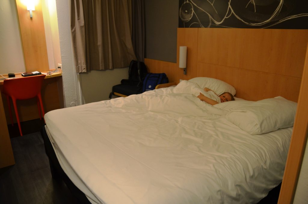 To show our room at the Ibis Saint Denis