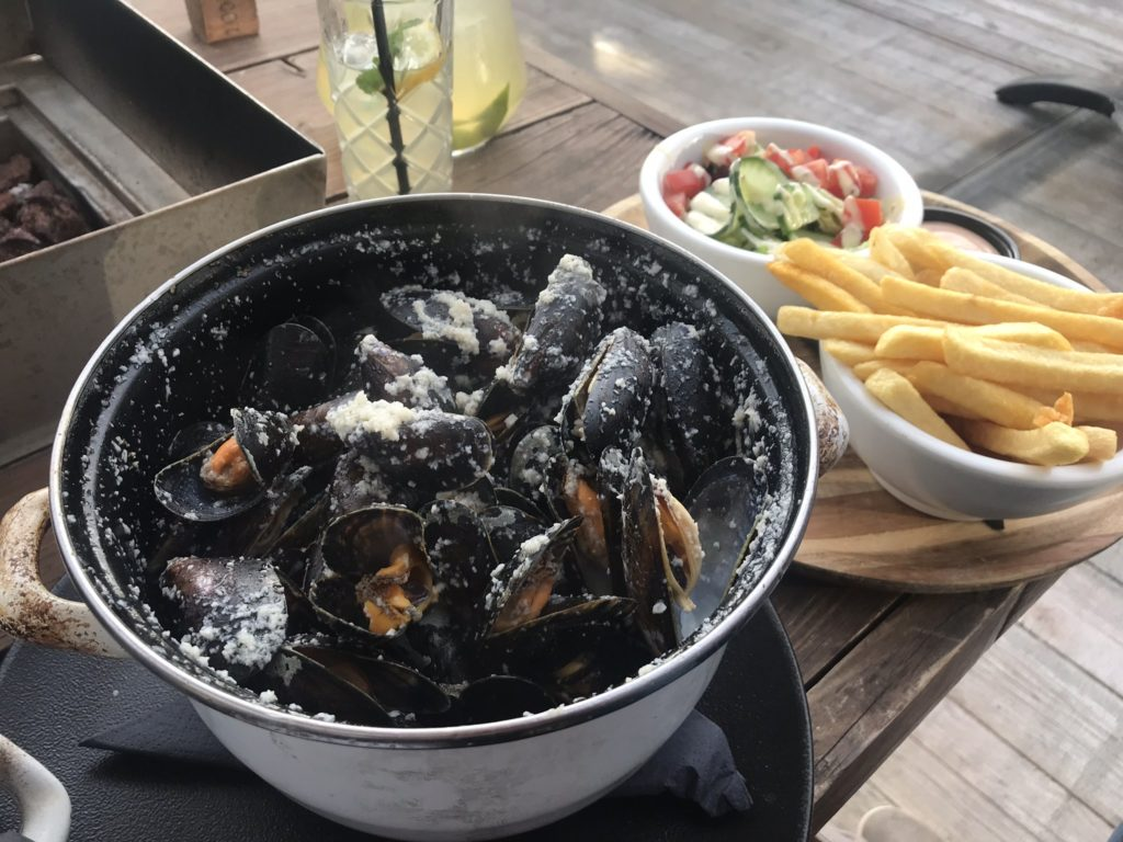 To show a perfect dish from OCEANS: mussels