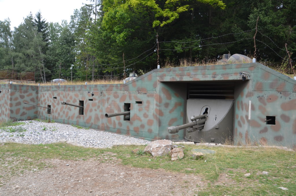 To show Bunkered in tanks. Week in Austria