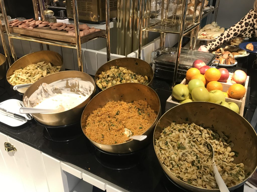 To show part of the buffet