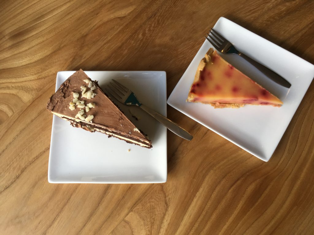 To show the cakes at KEEK. Eat in Utrecht