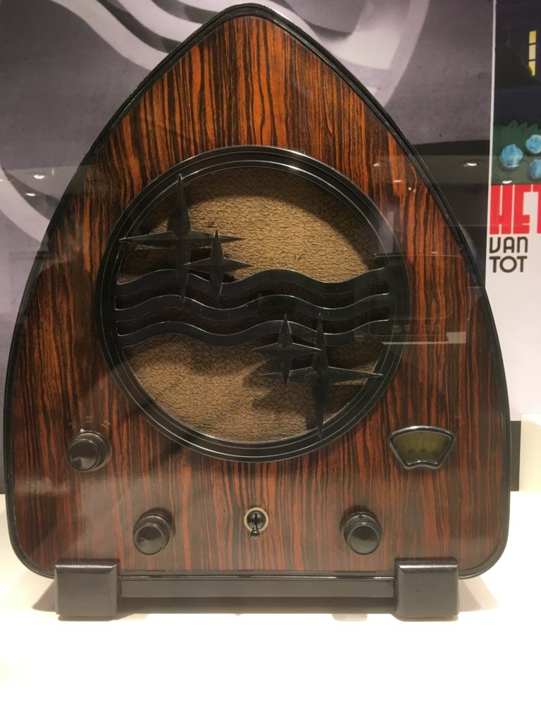 To show an attraction from Eindhoven: Philips radio on display in the Philips museum