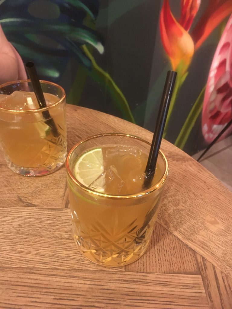 To show the homemade lemonade we had at clichee. Eat in Maastricht