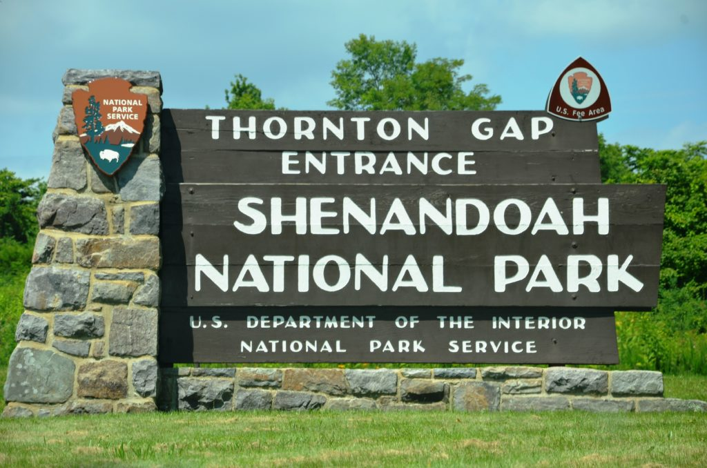The entrance to the park, at Thornton Gap