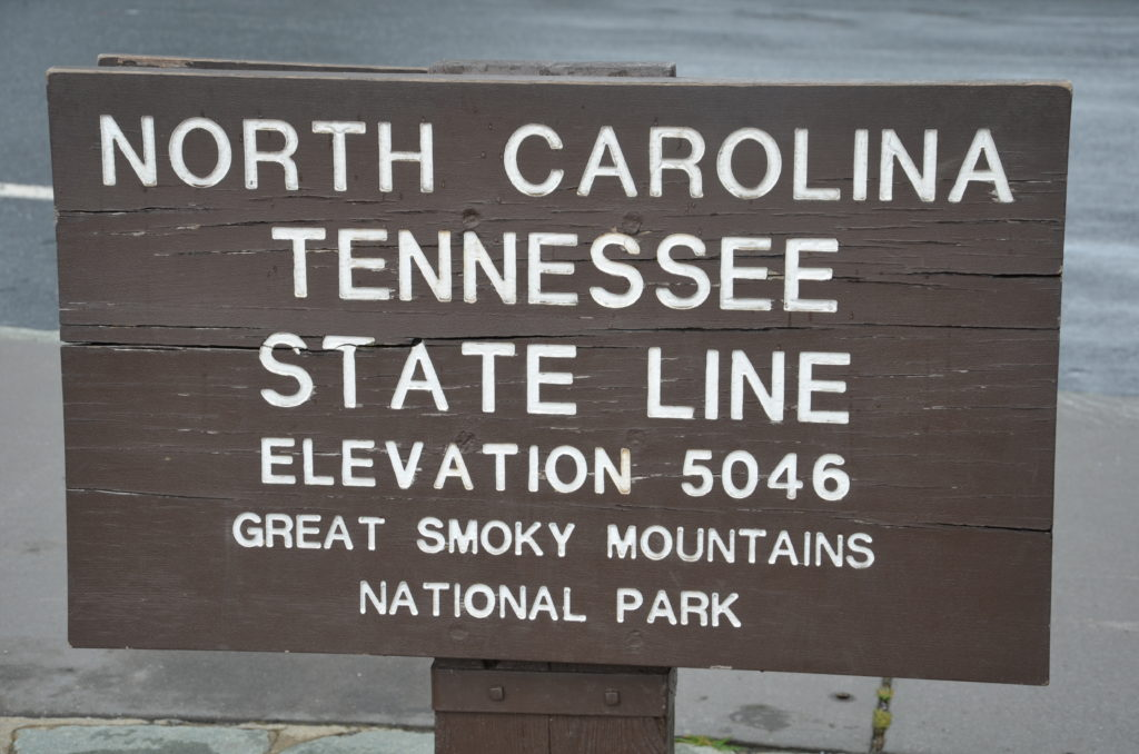 The state line sign