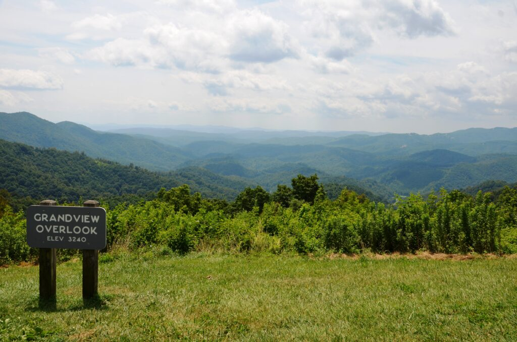 Grandview Overlook at the Blue Ridge Parkway