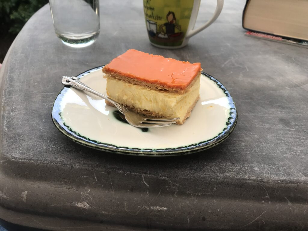 Orange tompouce