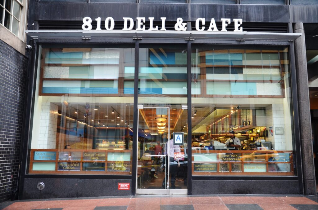 810 Deli & Cafe, from the outside, the entrance