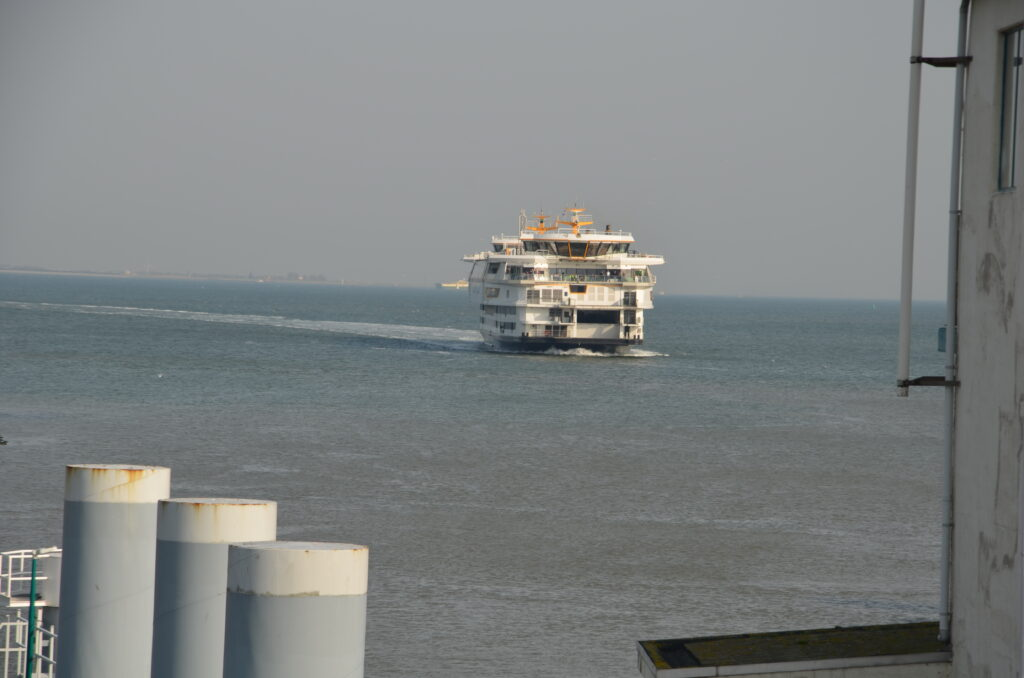 Ferry from Den Helder to Het Horntje, getting to cycling on Texel