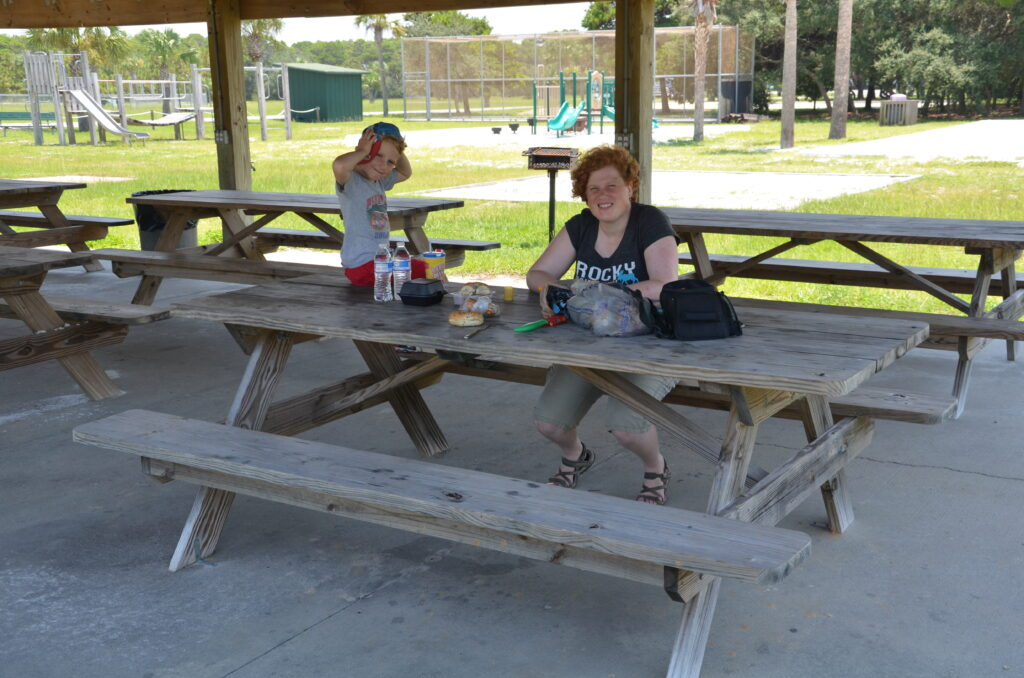 Picnic at a rest stop in Florida