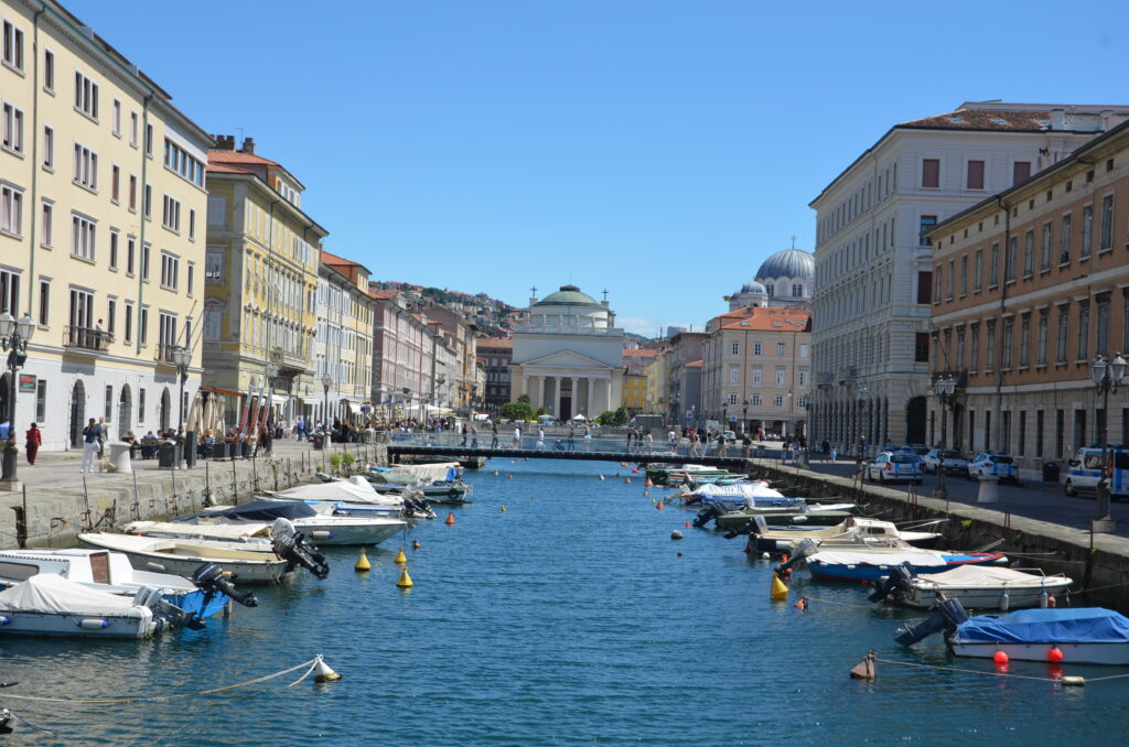 Trieste, boats lined up in a canal